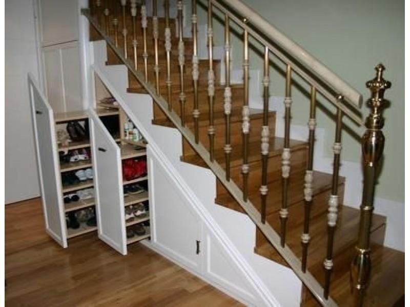 Construir escalera de madera latest stair design ideas for Bajo escaleras de madera